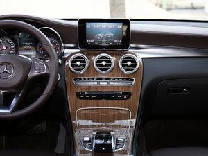 2017款GLC 260 4MATIC 轿跑SUV 中控台