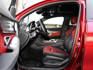 2017款GLC 300 4MATIC 轿跑SUV 前排空间
