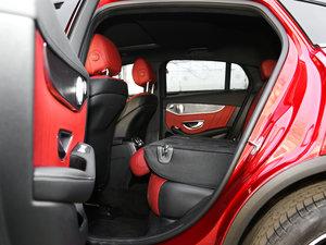2017款GLC 300 4MATIC 轿跑SUV 后排座椅放倒