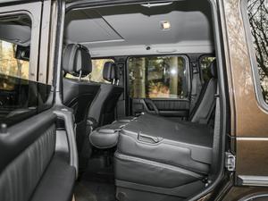 2017款G 500 后排座椅放倒