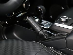 2017款G 500 驻车制动器