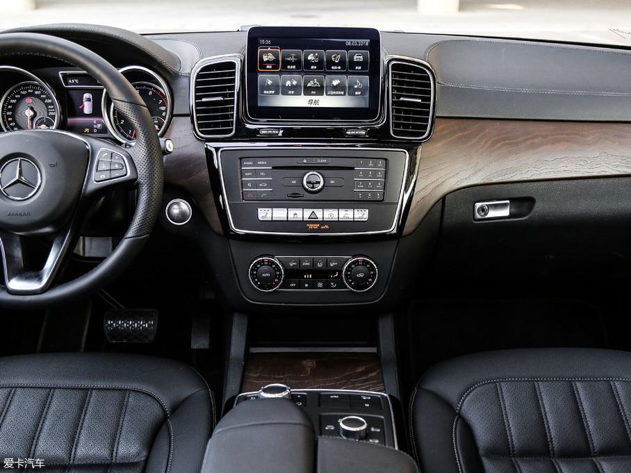 2017款奔驰GLE级GLE 400 4MATIC