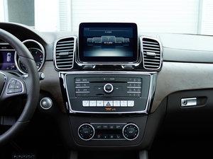 2017款GLE 320 4MATIC 动感型 中控台