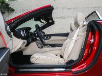 空间座椅奔驰SL级前排空间