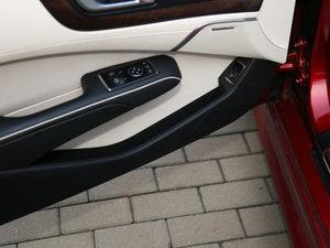 2017款SL 400 车门储物空间