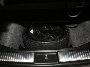 2017款R 320 4MATIC 豪华型臻藏版 备胎