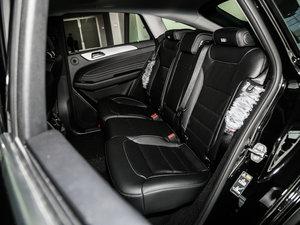 2017款GLE 320 4MATIC 后排座椅