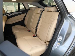 2017款GLE 400 4MATIC 后排座椅
