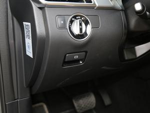 2017款GLE 400 4MATIC 驻车制动器