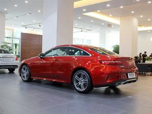2017款E200 Coupe 4MATIC 后侧45度