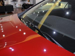 2017款E200 Coupe 4MATIC 雨刷