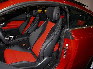 2017款E200 Coupe 4MATIC 前排座椅