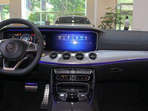 2017款E200 Coupe 4MATIC 中控台