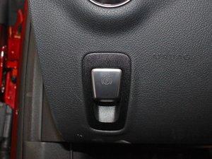 2017款E200 Coupe 4MATIC 驻车制动器