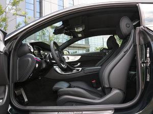 2017款E 300 Coupe 前排空间