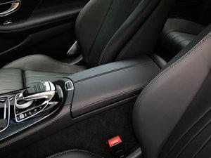 2017款E 300 Coupe 前排中央扶手