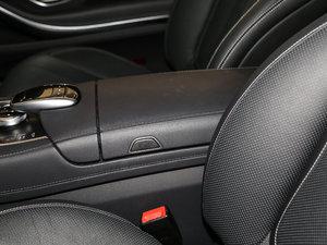 2017款S 400 Coupe 4MATIC 前排中央扶手