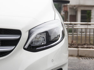 2017款B 200 动感型 头灯