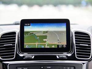 2018款改款 GLS 500 4MATIC 中控台显示屏