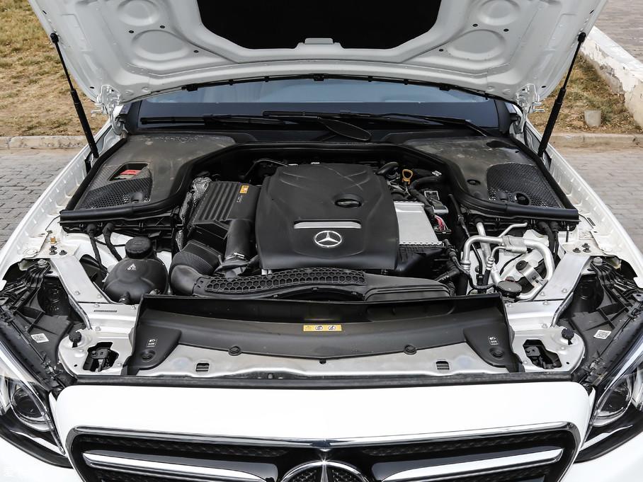 2019款奔驰E级(进口)E 300 运动版