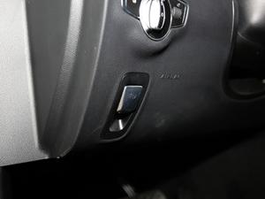 2018款CLS 350 4MATIC 驻车制动器