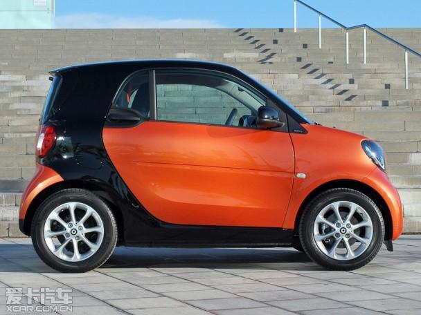 据报道,这款全新车型的大小会以smart为对手,应该外观是以可爱风格示