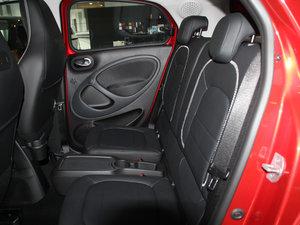 2017款BRABUS Xclusive 后排座椅