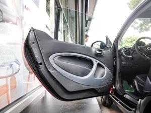 2017款1.0L 硬顶挚爱特别版 驾驶位车门