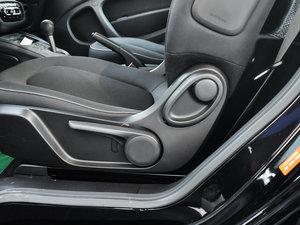 2017款1.0L 硬顶挚爱特别版 座椅调节