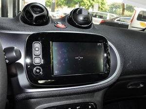 2017款1.0L 硬顶挚爱特别版 中控台显示屏