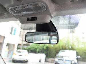 2017款1.0L 魅蓝特别版 车内后视镜