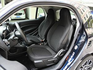 2017款1.0L 魅蓝特别版 前排座椅