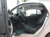 空间座椅smart fortwo前排空间