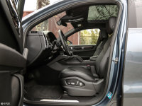 空間座椅Cayenne混動前排空間