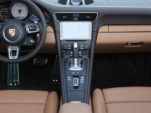 2019款Carrera S Cabriolet 中控台