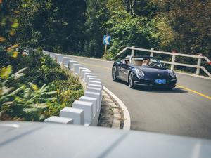 2019款Carrera S Cabriolet 正侧动态