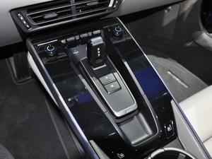 2019款Carrera 4S 中控区