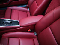 空間座椅718前排中央扶手
