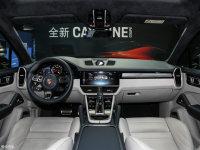 中控区Cayenne Coupe全景内饰