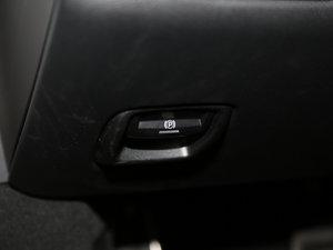 2016款Carrera 驻车制动器