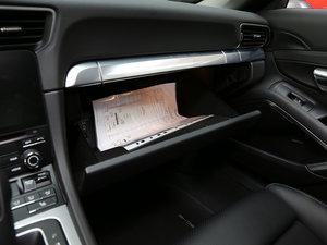 2016款Carrera S 手套箱