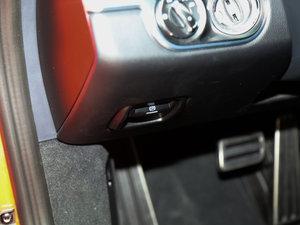 2016款Carrera S 驻车制动器