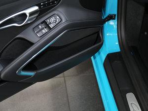 2016款Carrera 车门储物空间