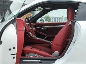 2016款Carrera 4S 前排空间