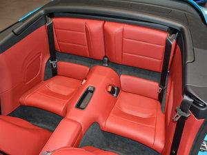 2016款Carrera 4 Cabriolet 后排座椅