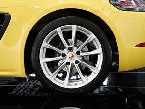 2016款Cayman  轮胎