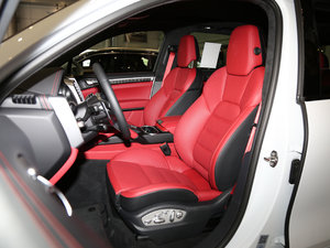 2016款Turbo S  前排座椅