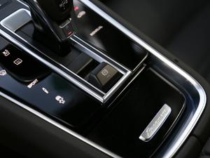 2017款4S  驻车制动器