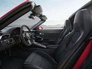 2017款Carrera 4 GTS Cabriolet 空间座椅