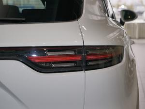 2018款S 2.9T 尾灯